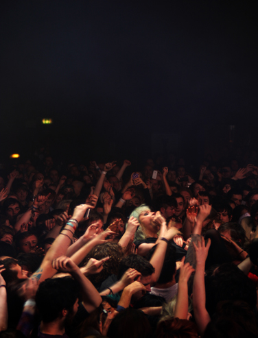 Crystal Castles at ABC, www.ravechild.co.uk, all the best for Glasgow music